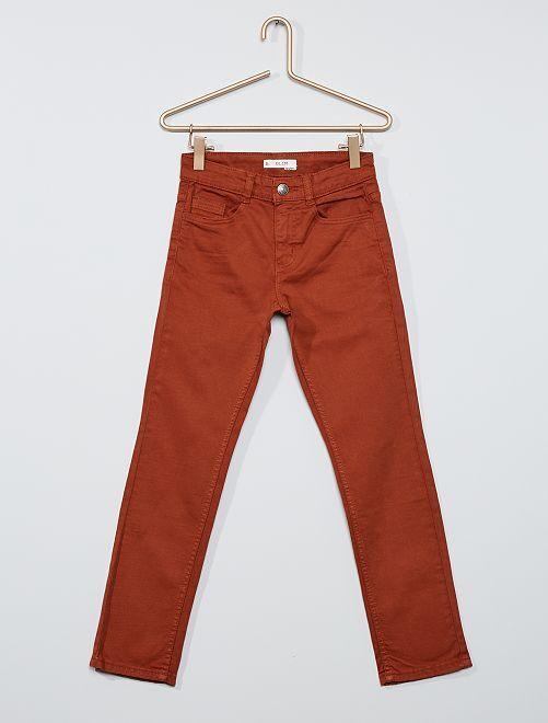 Pantalon slim en twill éco-conçu                                                                 marron