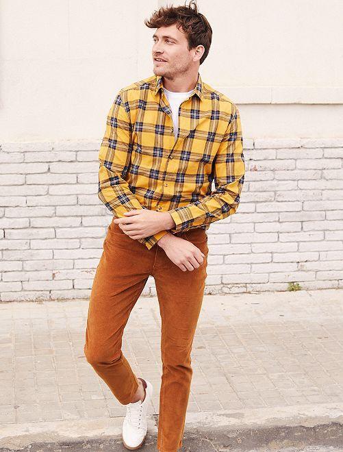 Pantalon slim en velours + ceinture                             rouille