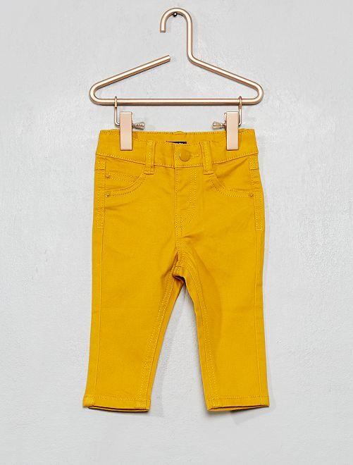 Pantalon slim                                                     jaune bronze