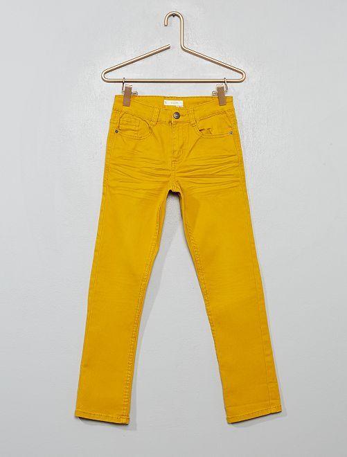 Pantalon slim                                                                                                                                                                                                                                                                                                                             jaune