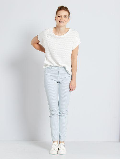 Pantalon slim multipoches                                                                                                                                         bleu rayé