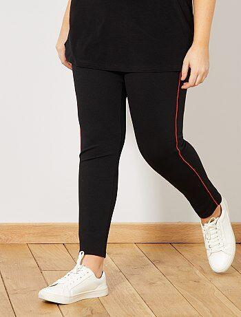 Grande taille femme - Pantalon slim stretch avec fines bandes côté - Kiabi 377f029c781