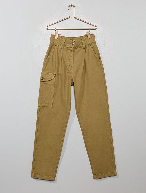 Pantalon style cargo                             kaki