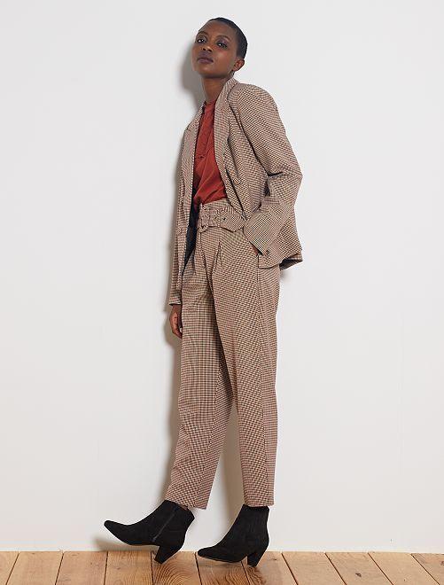 Pantalon taille haute ceinturé                                         pied de puce