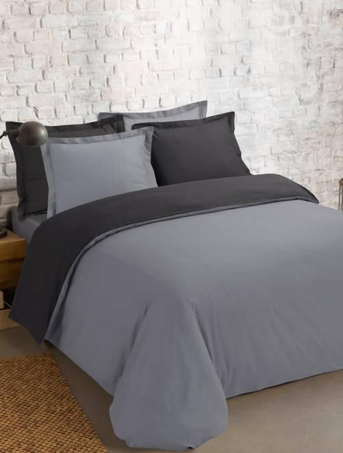 parure bicolore r versible linge de lit gris fonc kiabi 30 00. Black Bedroom Furniture Sets. Home Design Ideas