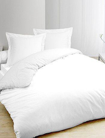 Parure de lit blanc en pur coton