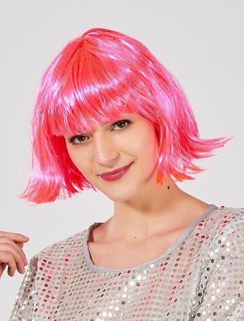 Perruque courte avec frange                                                                                          rose