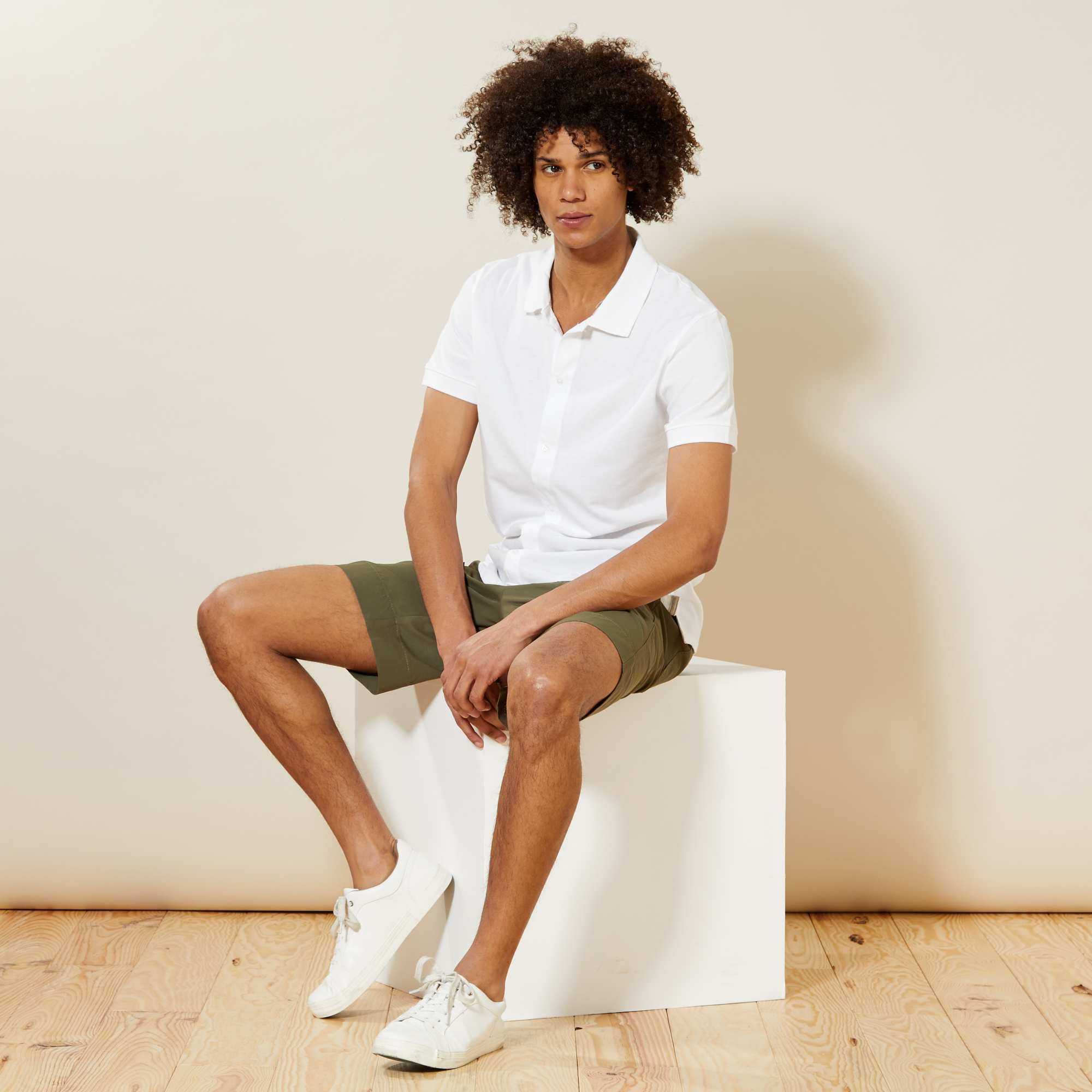 Couleur : BLEU, bleu marine, beige chiné,blanc, - Taille : S, M, L,,Jouez la carte de l'originalité avec ce polo esprit chemise boutonné à l'avant ! -