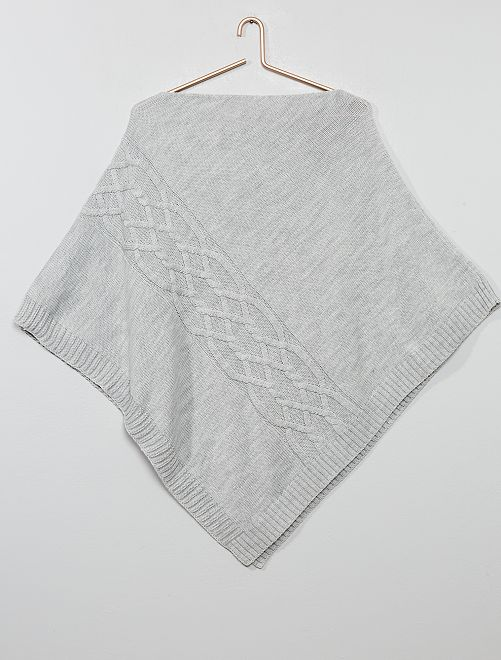 Poncho en tricot                             gris