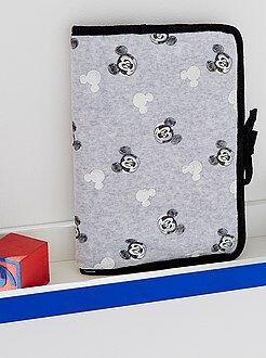 Chambre, bain - Protège carnet de santé 'Mickey Mouse'