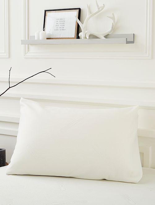 Protège oreiller en jacquard double tricot                             blanc