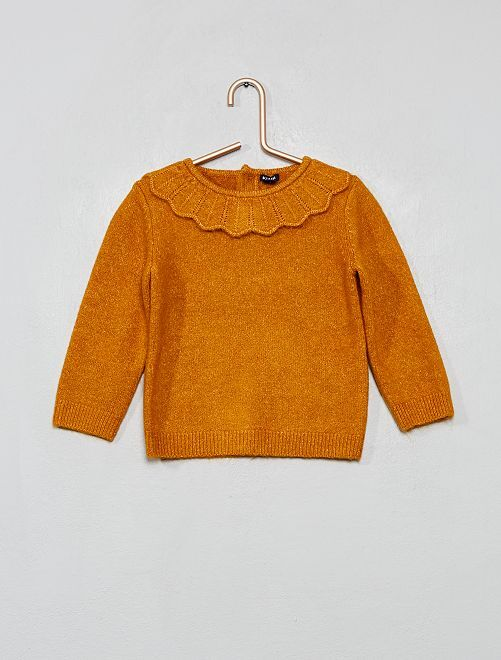 Pull avec collerette                     jaune curry