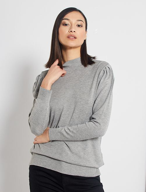 Pull col cheminée et manches gigot                                                                 gris