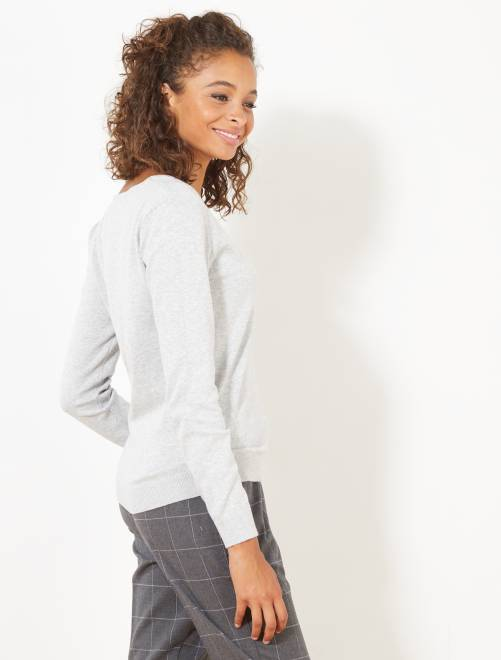 Pull col V fine maille                                                                                                                              gris clair