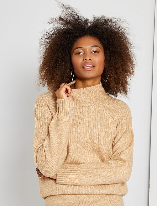 Pull en maille col montant                             beige
