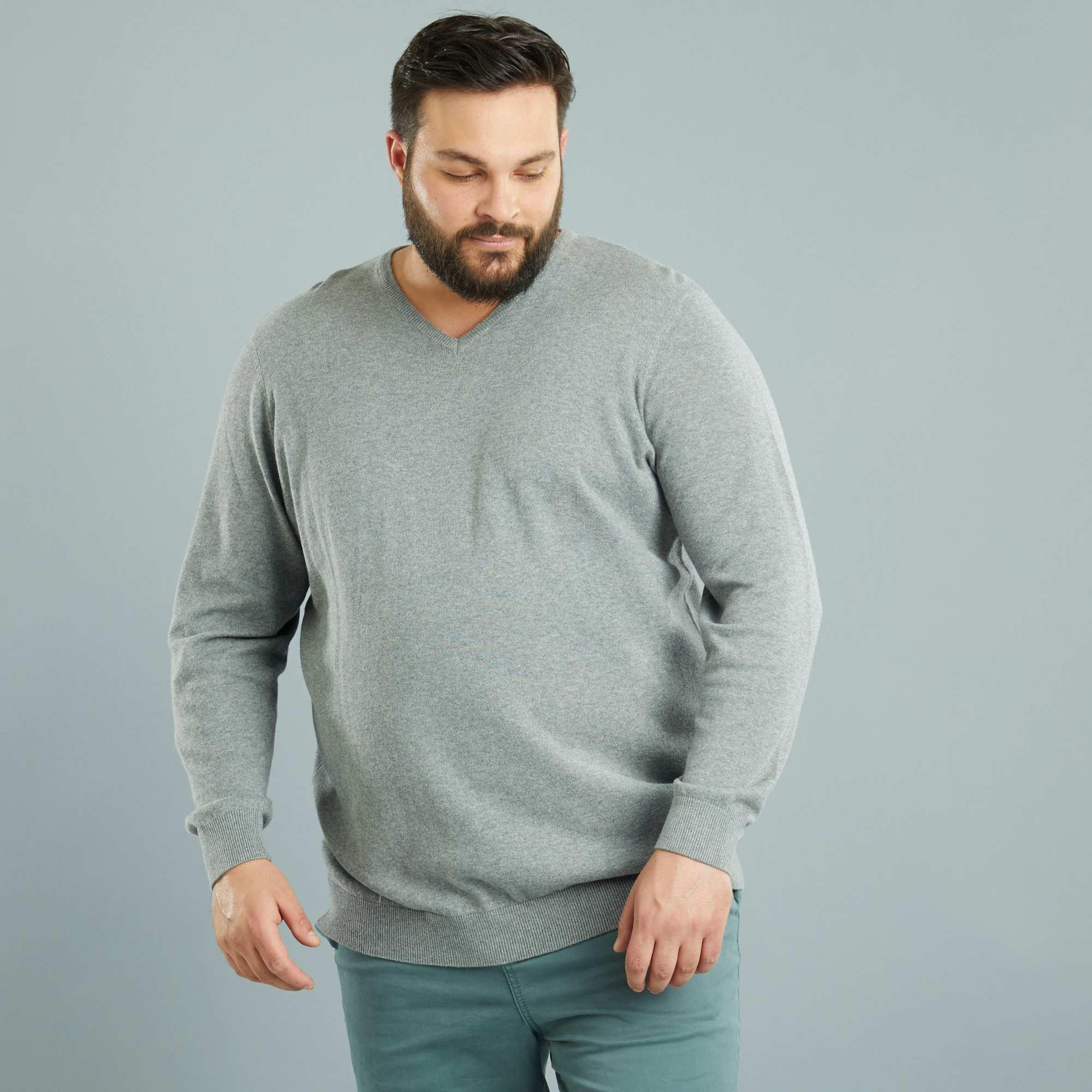 pull l ger col v grande taille homme gris chin kiabi. Black Bedroom Furniture Sets. Home Design Ideas