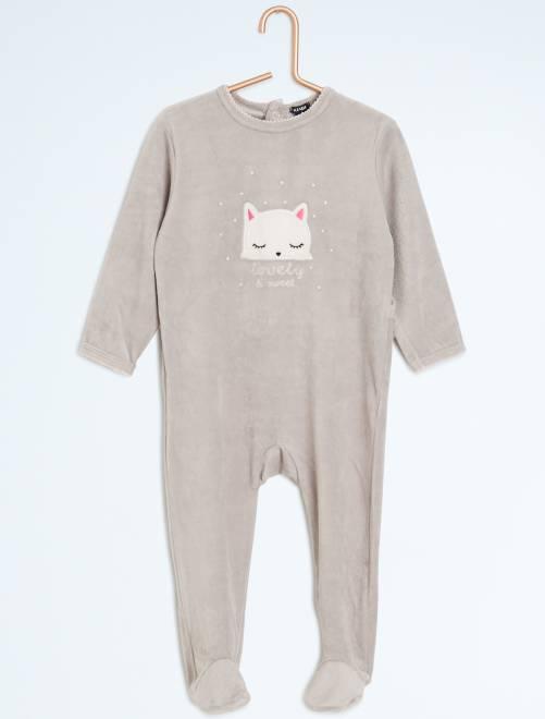 pyjama avec pieds imprim 39 nuit 39 b b fille gris kiabi. Black Bedroom Furniture Sets. Home Design Ideas