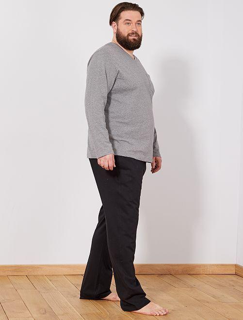 pyjama en coton grande taille homme gris chin noir kiabi 19 00. Black Bedroom Furniture Sets. Home Design Ideas