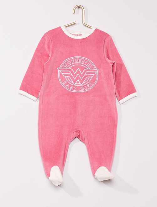 Pyjama en velours 'Wonder Woman' de 'DC Comics'                             rose/blanc