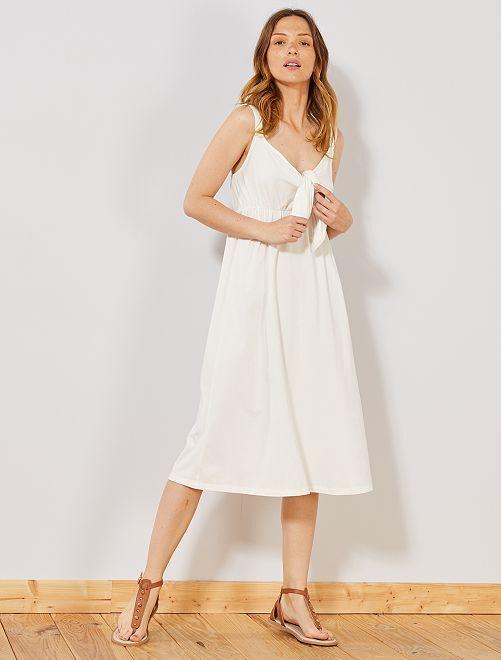 Robe avec nœud sur poitrine                                                                 blanc Femme