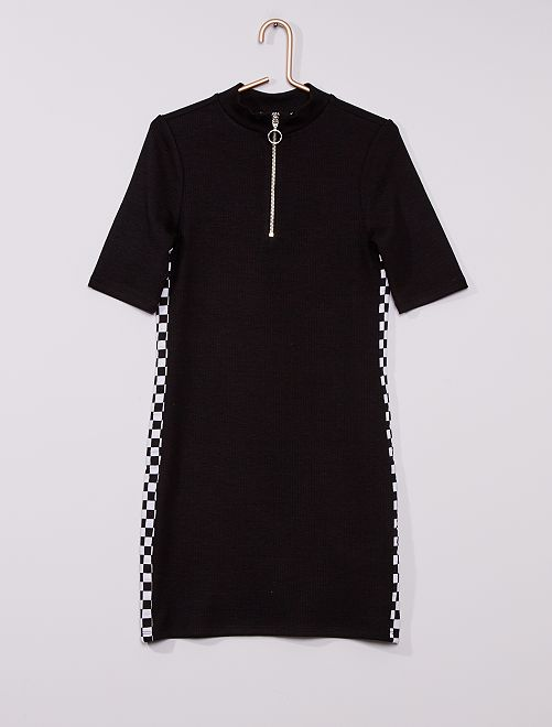 Robe courte en maille fine                             noir