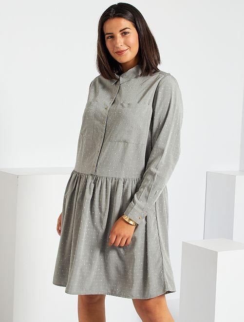 Robe courte en plumetis                             gris