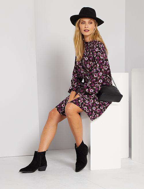 Robe courte smockée                             noir/violet