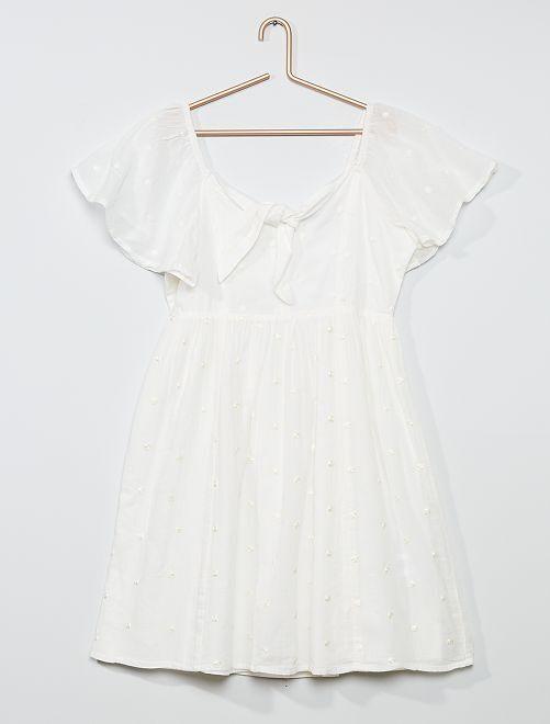 Robe crêpe à plumetis                     blanc
