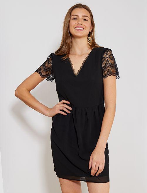 7e14b3f2e2d Robe droite fluide détail dentelle Femme - noir - Kiabi - 18