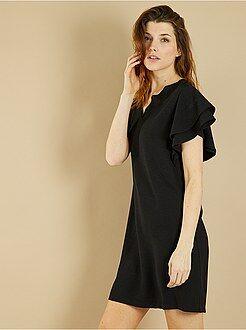 Robe noire - Robe en crêpes manches volantées - Kiabi