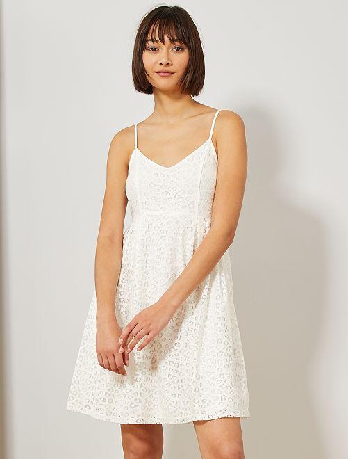 Robe en dentelle                                                     blanc Femme