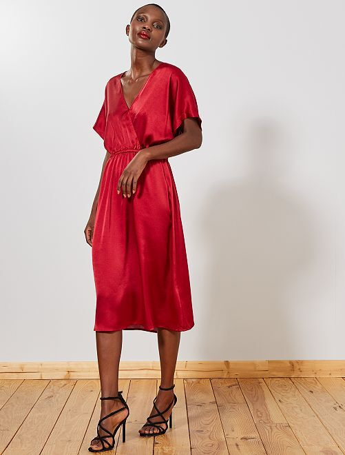 Robe en satin                                         rouge