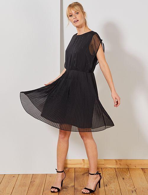 Robe en voile plissée                             noir