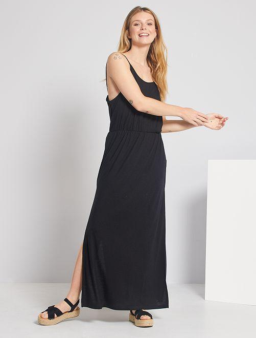 Robe longue à fines bretelles                             noir