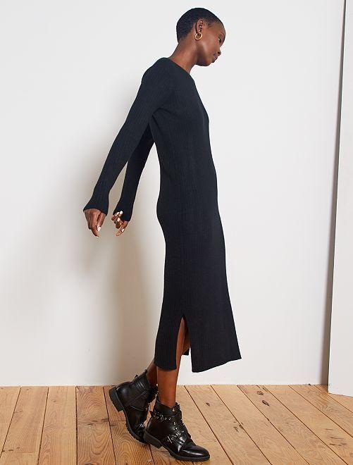 Robe longue en maille côtelée                                         noir