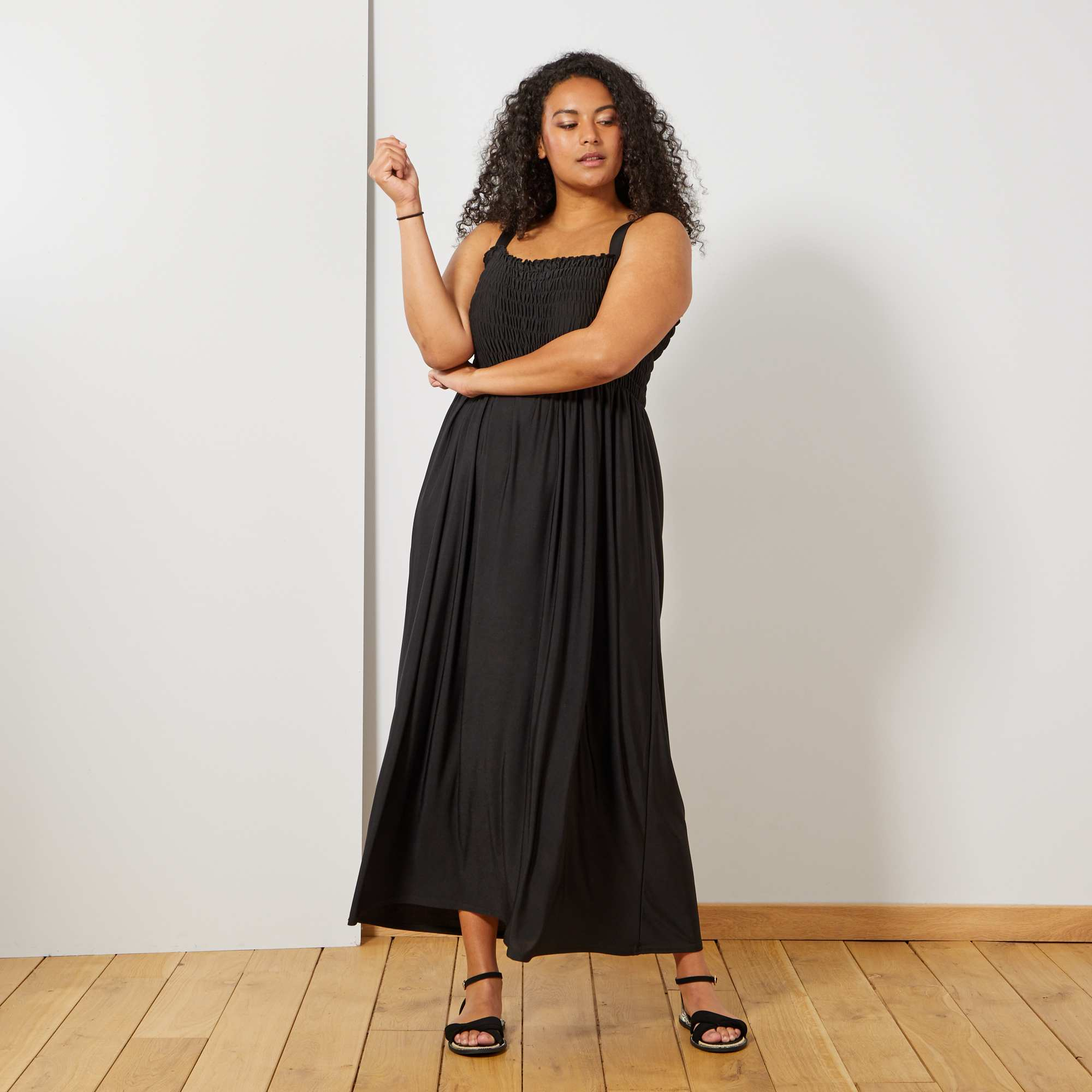 70bd8a9fcc3 Robe longue poitrine smockée Grande taille femme - noir - Kiabi - 23