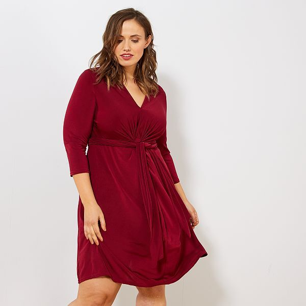 Robe Nouee A La Taille Grande Taille Femme Bordeaux Kiabi 20 00