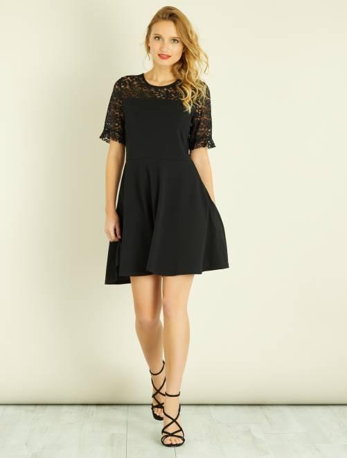 robe patineuse en dentelle femme noir kiabi 22 00. Black Bedroom Furniture Sets. Home Design Ideas