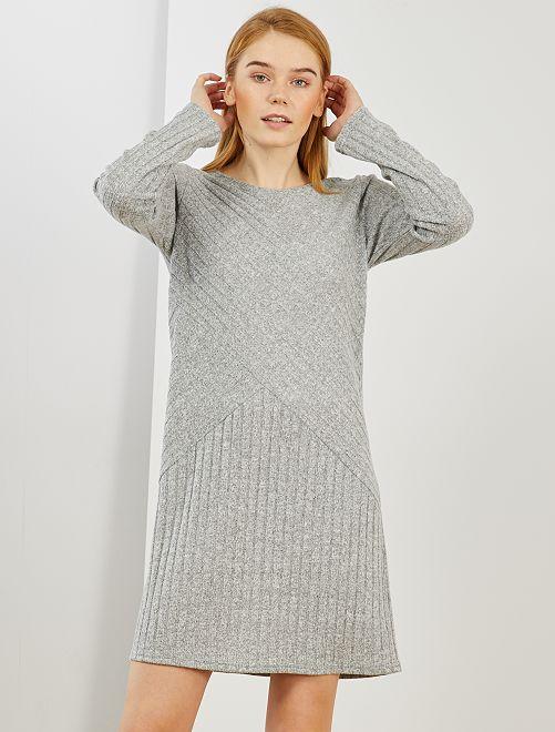 Robe pull côtelée                                         gris