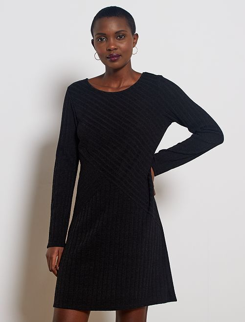 Robe pull côtelée                                         noir