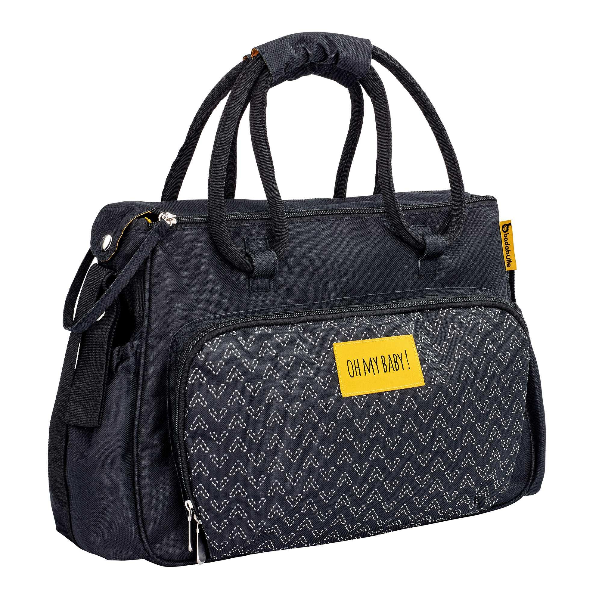 sac langer imprim avec accessoires 39 badabulle 39 b b fille noir kiabi 35 00. Black Bedroom Furniture Sets. Home Design Ideas