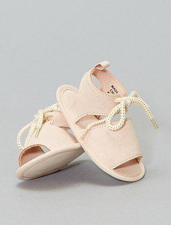 e41ac6587b047 Chaussons de bébé velours ou coton Vêtements bébé