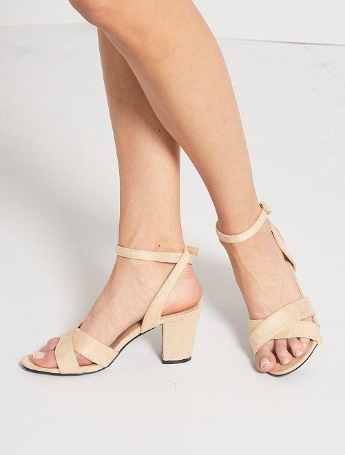Sandales à talon                             crème