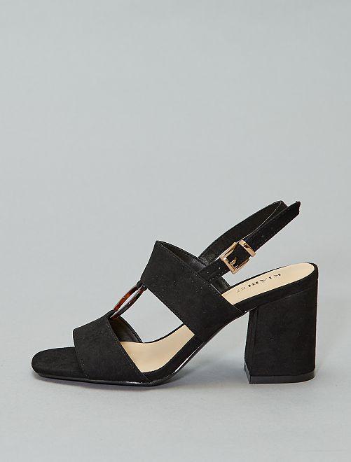 Sandales à talons avec anneau                                         noir
