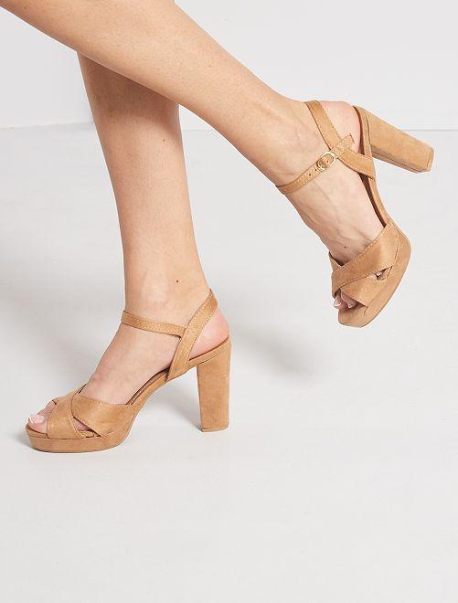 Sandales à talons en suédine                     beige