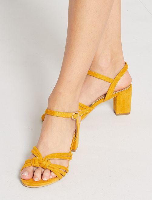 Sandales à talons en suédine                             jaune
