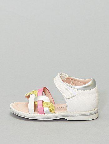Sandales avec brides entrelacées