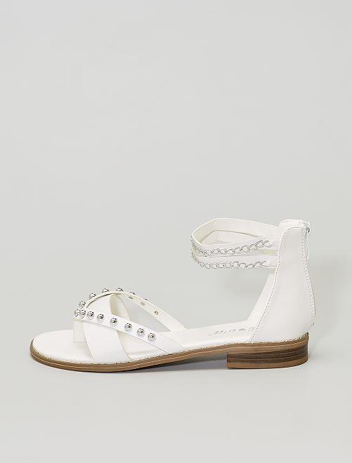 Sandales avec perles et chainettes                                         blanc