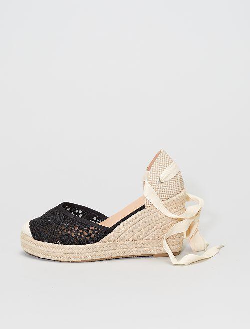 Sandales compensées effet tressé et macramé                             noir