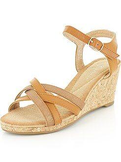 Chaussures femme - Sandales compensées en simili - Kiabi